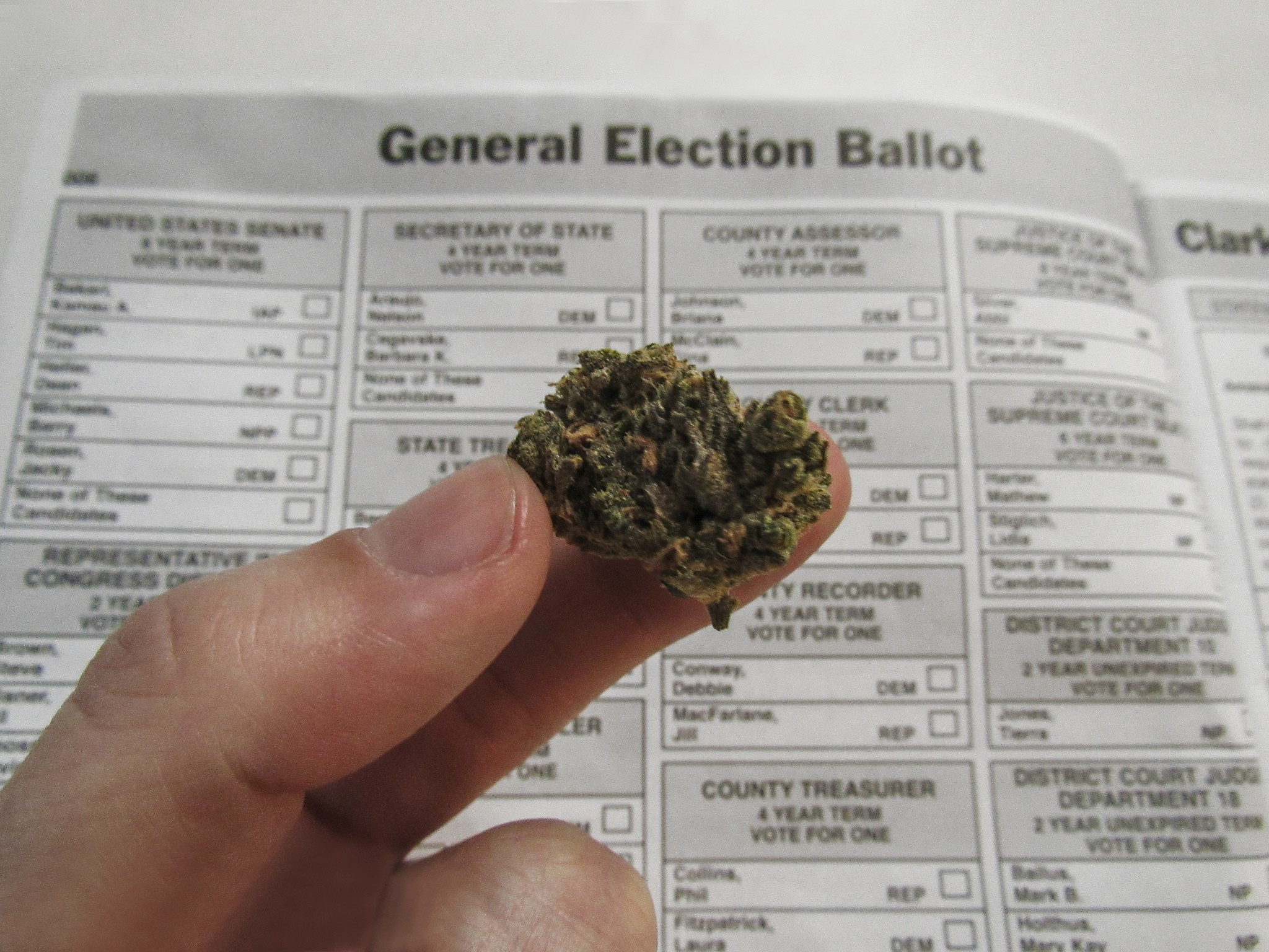 Arizona Voters Favor Marijuana Legalization? Maybe, If It's the Right Plan