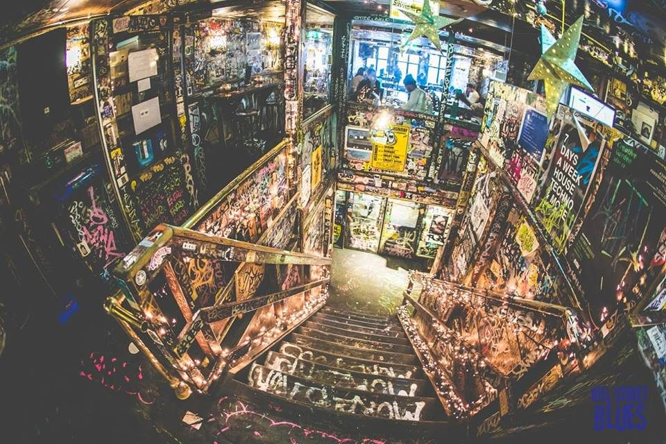Cafe Hill Street Blues | Cannabis Lounges | Amsterdam, North