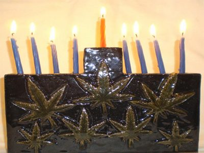 Hanukkah Gifts for Your Favorite Stoner