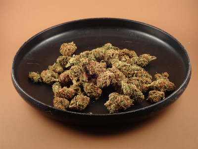 What are the Medical Benefits of Eating Raw Marijuana?