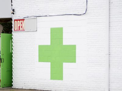How To Buy Marijuana From A Dispensary (Things To Know)